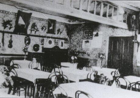 פאב עתיק בפראג